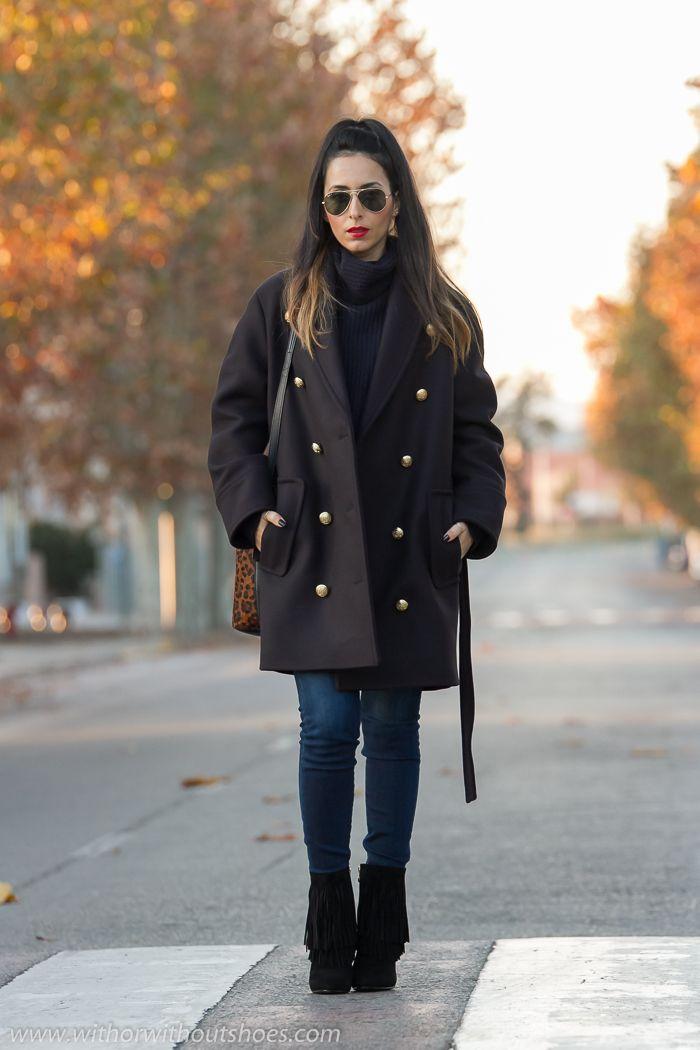 Abrigo militar de la colección Balmain x H&M y Botines con Flecos | With Or Without Shoes - Blog Moda Valencia España