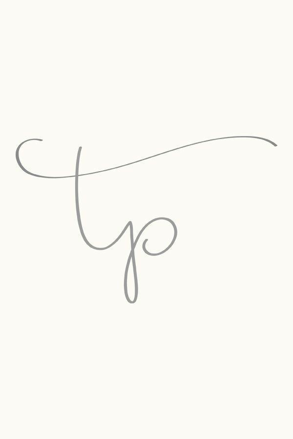 handwritten initials from Simple Sally | designs for photographers and small businesses
