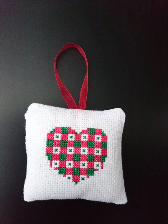 Christmas cross stitch ornament/decoration by ArtesaniaBijor