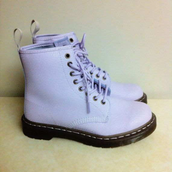 lilac lavender doc martens- OMG Yes!! for my Daughter but in black or white