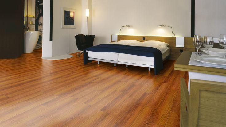 Sàn gỗ Thái Lan cao cấp tại sàn gỗ Nguyễn Kim 84 đường Láng