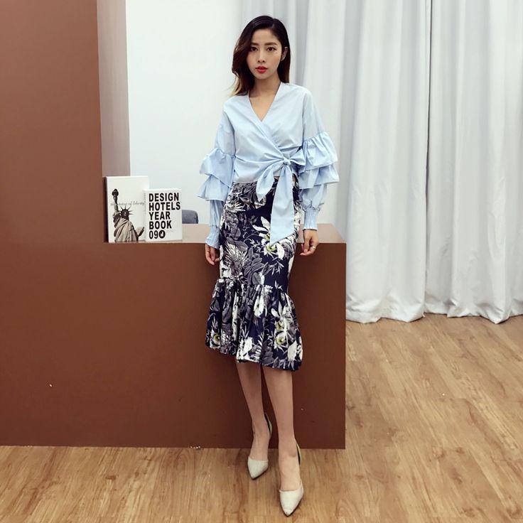[Alphalmoda] V-collar Bubble Sleeve Shirt Floral Printed Pencil Skirt Mermaid Slim High Waist Skirt 2pcs Skirt Sets for Women