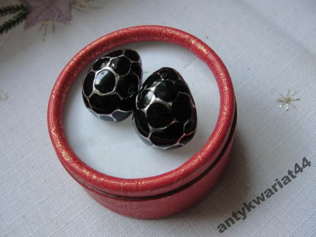 Stare kolczyki kolor srebra czarna emalia kropla