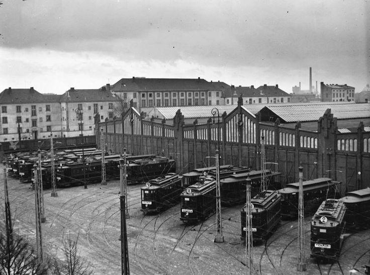 Zajezdnia tramwajowa na Woli. fot. 1936r., źr. Narodowe Archiwum Cyfrowe.