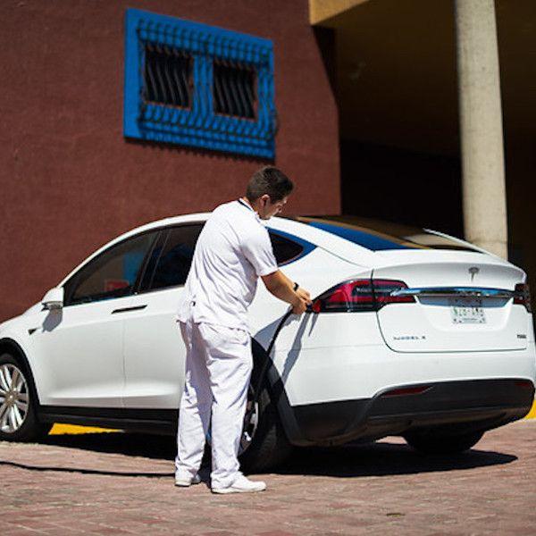 Tesla Chooses El Cid as the first Destination Charging Station in Mazatlan: El Cid Marina Beach Hotel now has two Tesla Wall Connectors and…