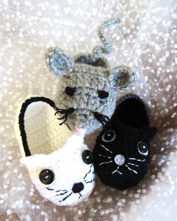 Crochet Pattern  Black Cat Crochet Baby Booties PDF by MyMayaMade, $5.99