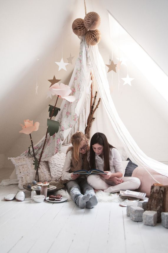 I want to create something like this for my daughters room so it can be her little magical reading corner!!