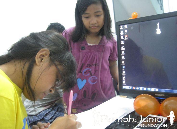 Rumah Junior Kegiatan Daftar Ulang dan pendaftaran siswa/i baru Mutiara Taman Palem Blok A-17 No. 38  021 5435 0421