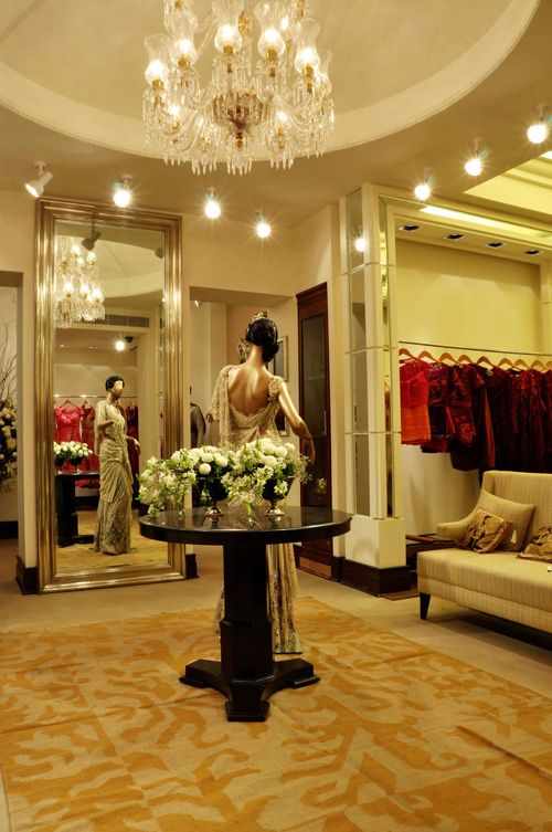 Tarun Tahiliani launches his first store in Hyderabad. Shop, ladies, shop!