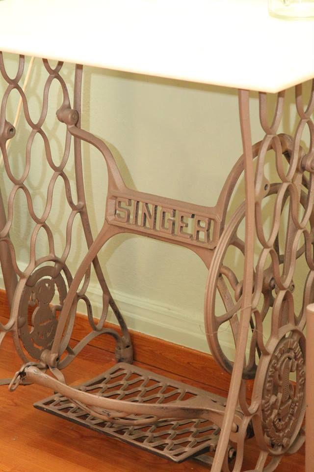Esperance 2 Rooms #Ermoupoli #Syros #Cyclades #Greece #Singer #Vintage http://www.rooms-2-let.com/3020/Esperance_2_