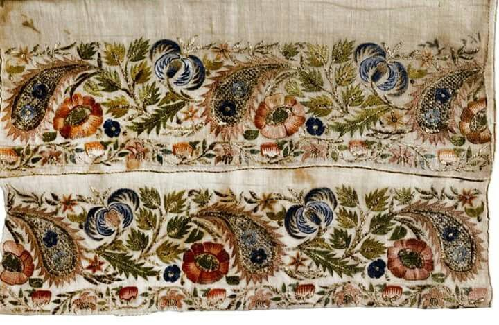 Oh this Turkish Embroidery is fantastic! Reminds me of 1700 century french embroidery.(Pharyah)