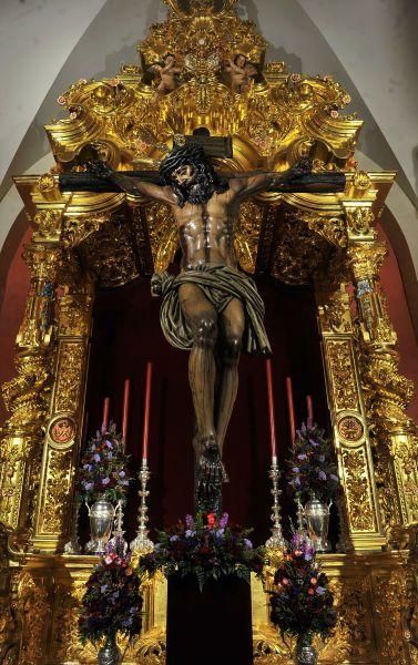 Besapies del Santísimo Cristo de la Sangre. Hermandad de San Benito. Iglesia de San Benito. Sevilla. Cuaresma de 2017