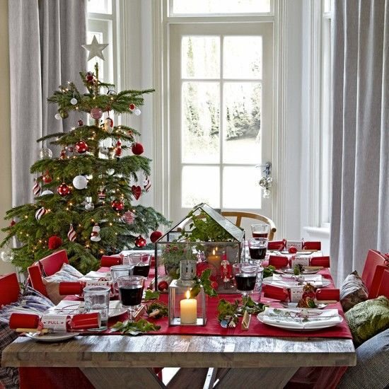 Good Green And Red Christmas Dining Room Part 19