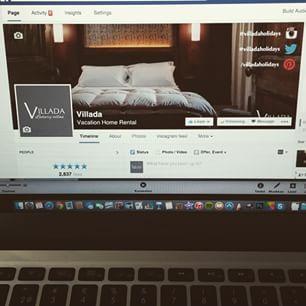 Instagram photo by villadaholidays - Sisustimme meidän Facebook-sivua uudestaan. Tykkäättekö? Käykäähän katsomassa livenä: facebook.com/villadaholidays #villadaholidays #villada #matkailu #matkustaminen #huvila #talviloma #lomamatka