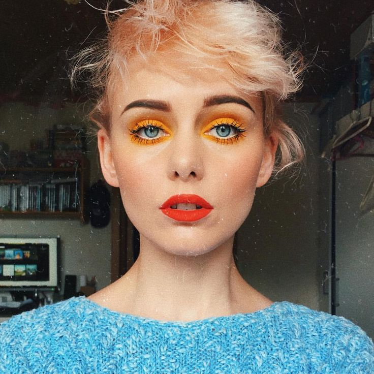 """4,629 Likes, 45 Comments - 🌙Anna-Karin🌙 (@annakarinhell) on Instagram: """"Midsummer with yellow eyelids & strawberry red lips 💐 #happymidsummer [ps. Thanks for hanging live…"""""""