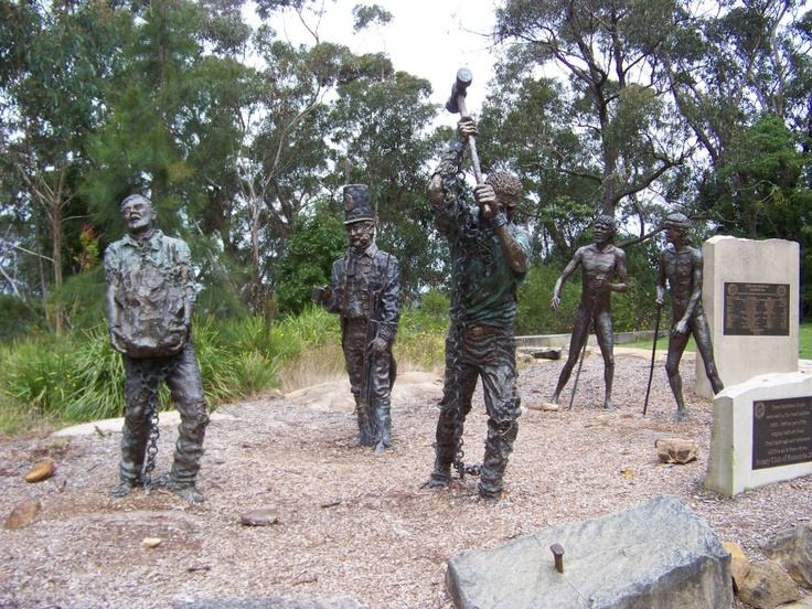 Sculptures down near Echo Point depicting the building of the Great Western Highway through to Bathurst.
