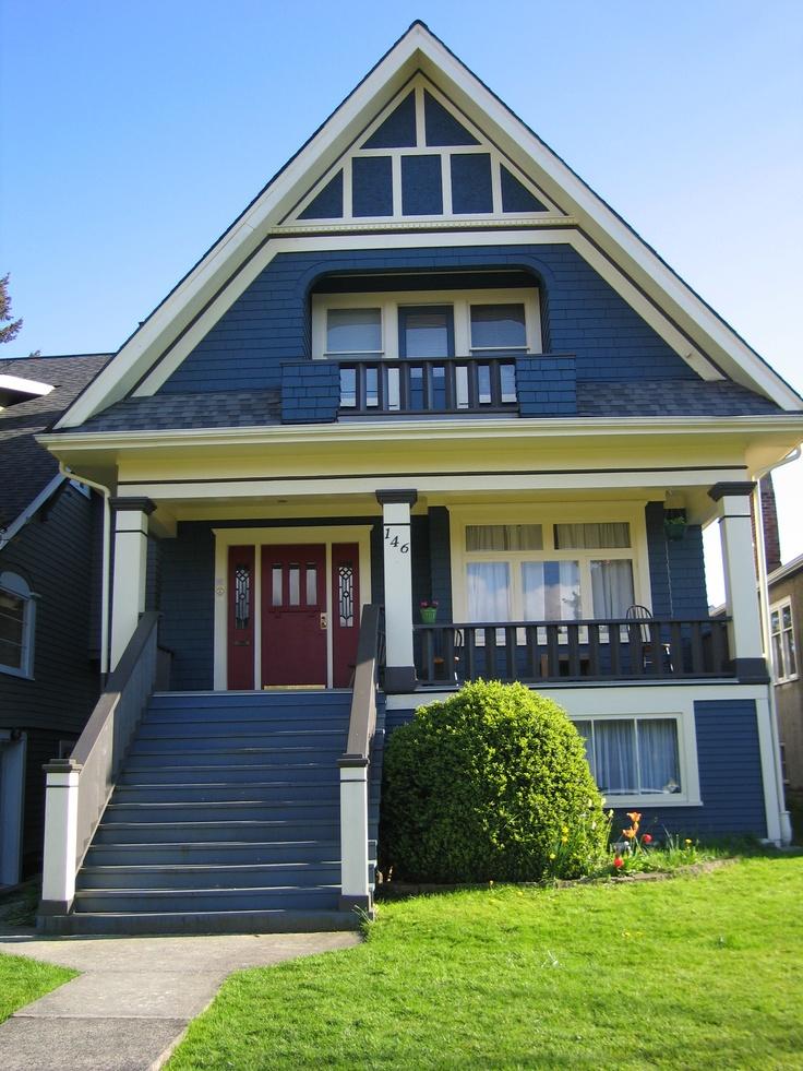 love blue houses + red doors...   Wooden   Pinterest   ,