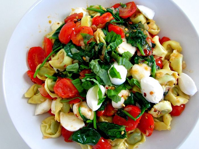 Club Narwhal: SUMMER BLISS BOWL   CAPRESE TORTELLINI WITH SPINACH