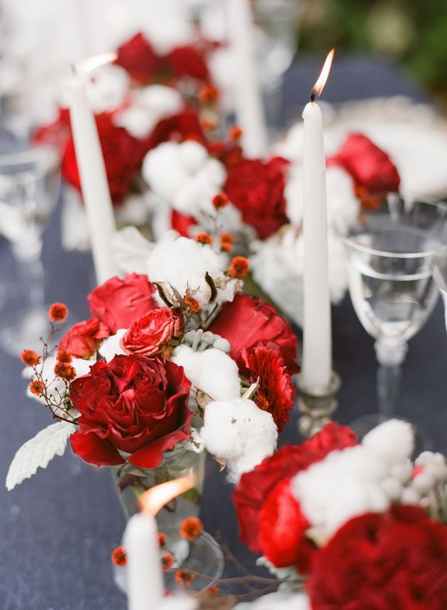 red cabbage roses and cotton for a holiday table #christmas #sbchic