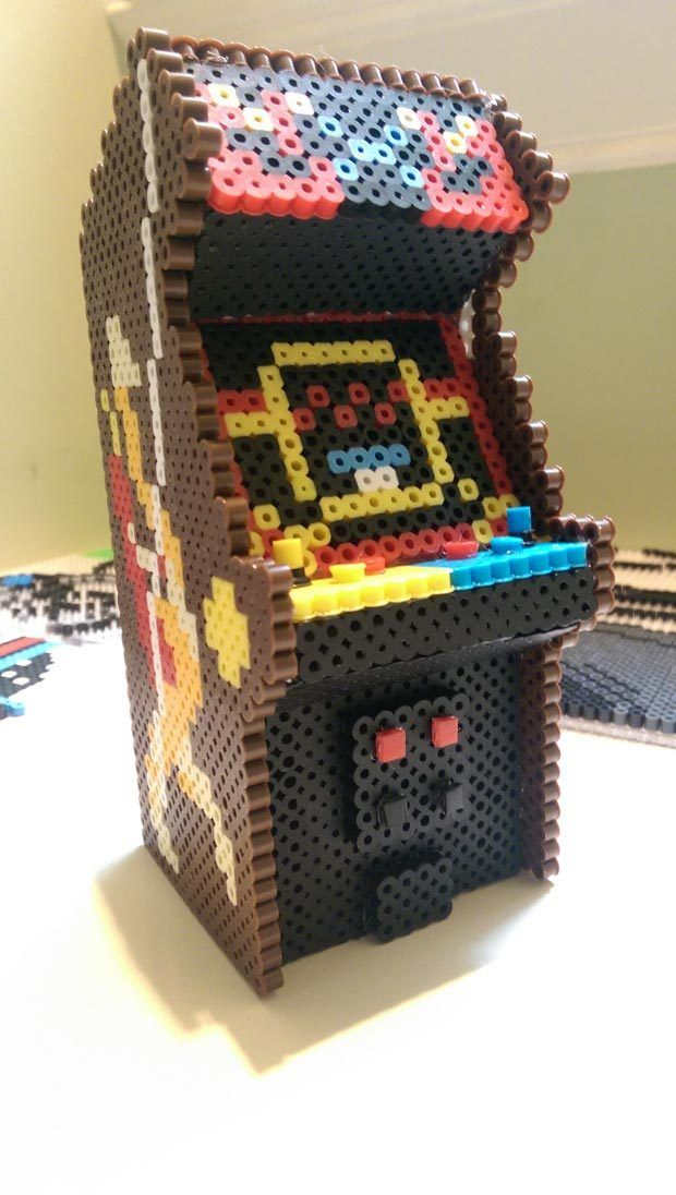3D  Pixel Bead Joust Arcade Cabinet made by SunQueen1 - Step by step photos: http://imgur.com/a/9ve5K