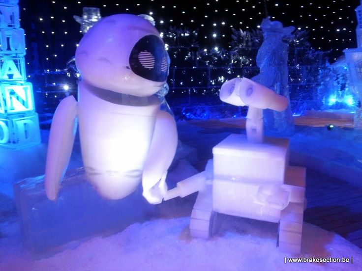 Disneyland Paris Ice Wonderland In Bruges Brugge Harbin Singapore London Snow Ice