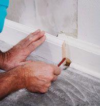 Fodpaneler fuldender væggen - sådan sætter du dem op
