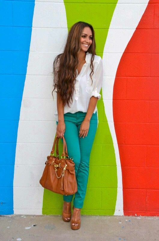 Well, this says 2014 but I would still totally wear this :)   Various Ideas for Combining Your Colored Jeans