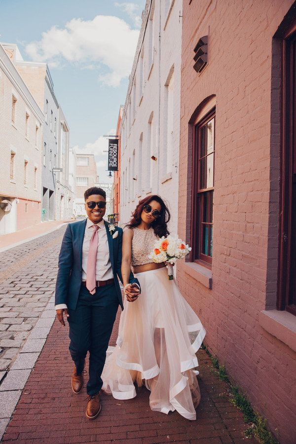 Two piece wedding dresses are definitely having a moment. || Pop! Wed Co
