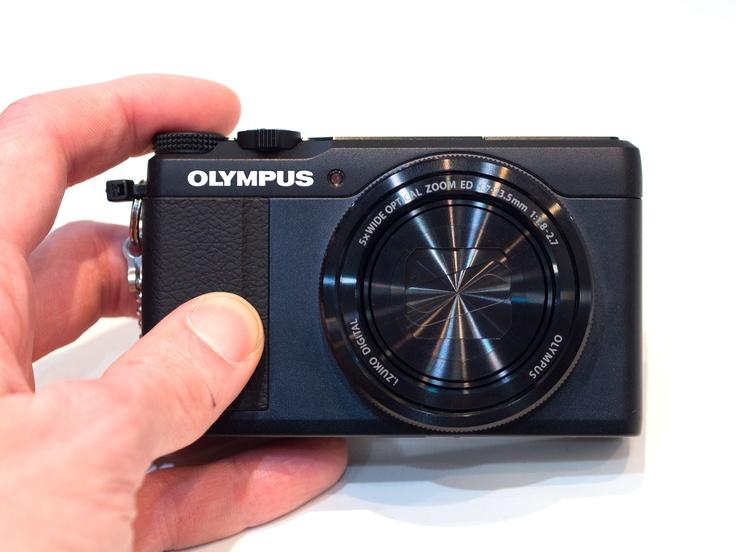 Las primeras impresiones de manos con la Olympus Stylus XZ-10: Revisión de Fotografía Digital