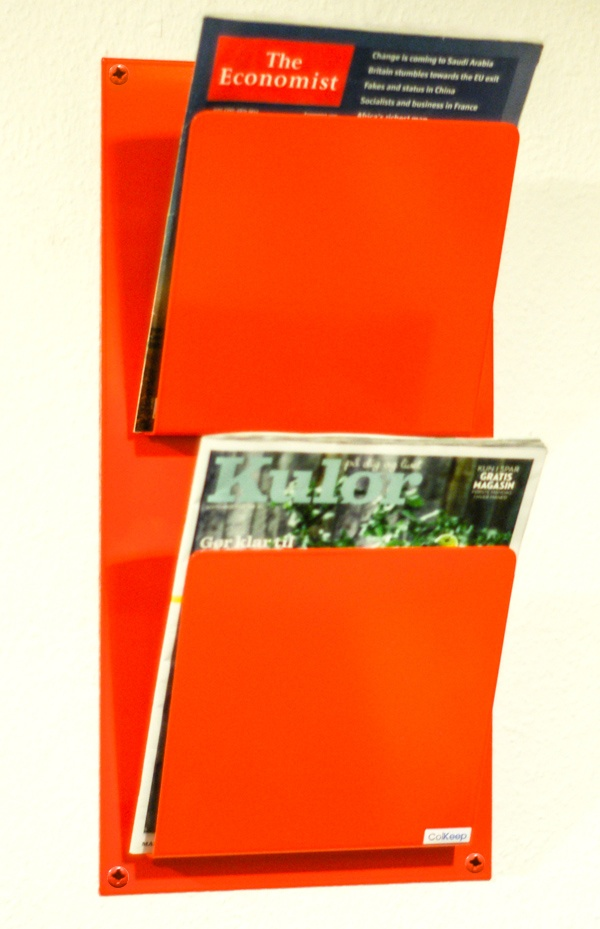 ColKeep - Orange blad, avis og magasinholder fra ColVitae