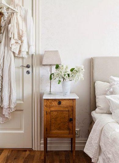 Nattduksbord / sängbord
