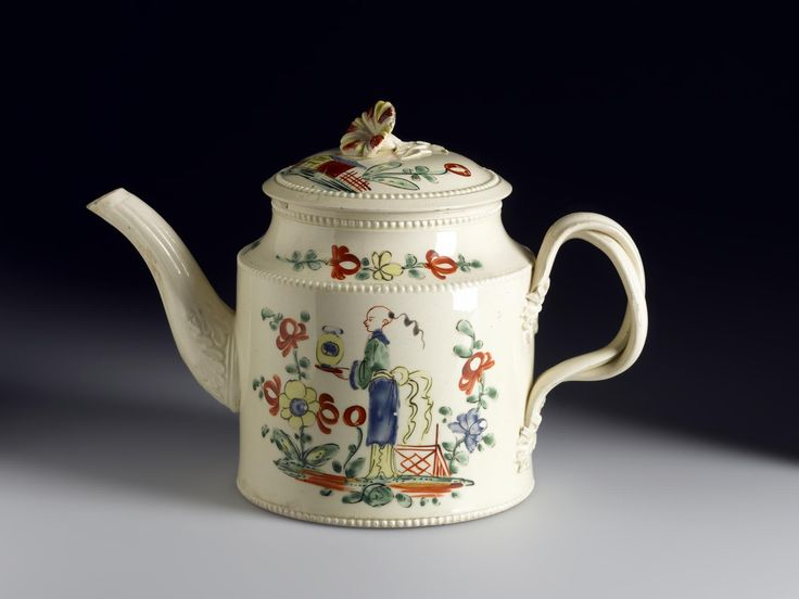 Cover ornamented with an applied flower for a teapot of cream-glazed earthenware painted with Chinese landscapes, figures, buildings and flowers: English, Leeds, late 18th century