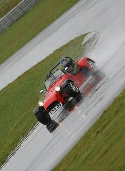My Cat E1 on a wet track day
