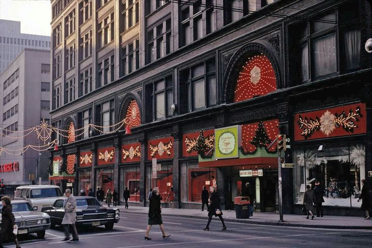 View of front of Simpson's with holiday decorations, Yonge and Queen Street West, Nov. 22, 1973. - Courtesy of City of Toronto Archives, Fonds 1526, File 17, Item 1.