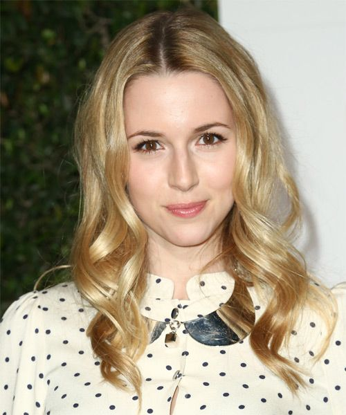 Alona Tal Hairstyle new