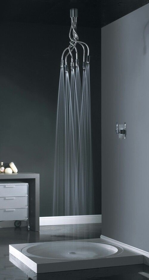 Such a unique shower! Would love to have this in my bathroom- mayb in multicolored form