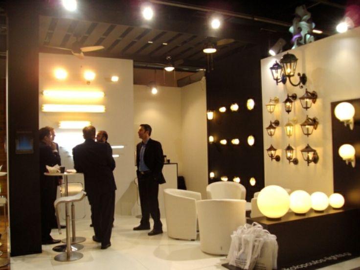 Более лучших идей на тему Современное освещение на  Крупнейшая международная выставка архитектуры и осветительной техники light building 2014 винтажные торшеры современное освещение