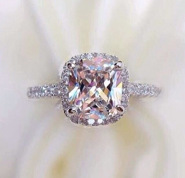 Stunning pink diamond ring