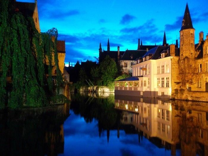 Brujas Belgica, otra de mis Ciudades favoritas... Y otro de esos #MomentosyLugaresPendientes que nos esperan...