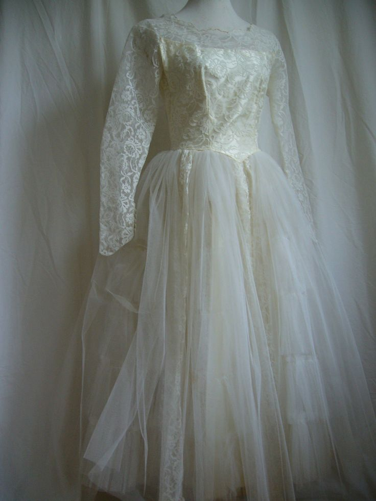 Miniscule 1950s Wedding Dress Needed Letting Out With Panel Insertion