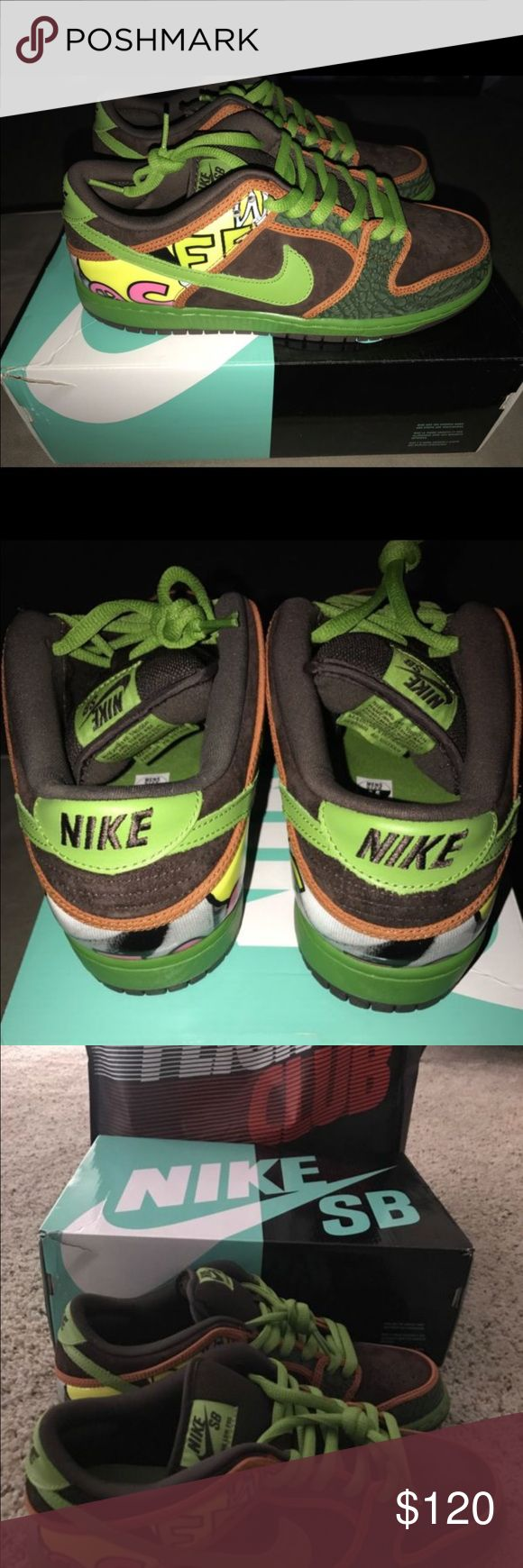 """Nike SB Dunk Low """"De La Soul"""" Rare Nike Dunk SB Low """"De La Soul"""" purchased from Flight Club New York, brand new shoes I ordered and when arrived didn't fit Nike Shoes Sneakers"""