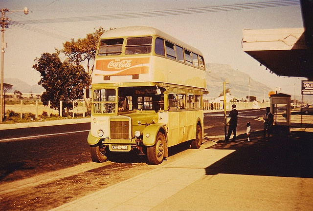 Ex London transport RTL722 in Cape Town 60's by Ledlon89, via Flickr