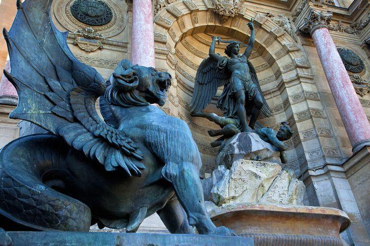 Saint Michel, la Fontana di Trevi parisina.