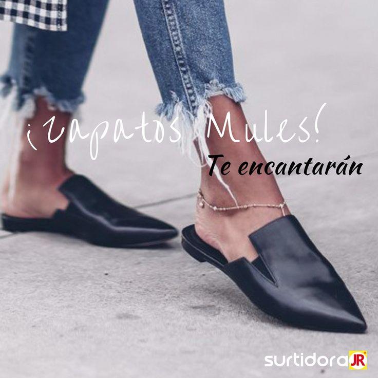 ¡Zapatos Mules! Sandalias con o sin tacón que llevan el talón al aire. Ideales para días de veranos y combínalas con jeans pitillos remangados o faldas ¡Te encantarán!