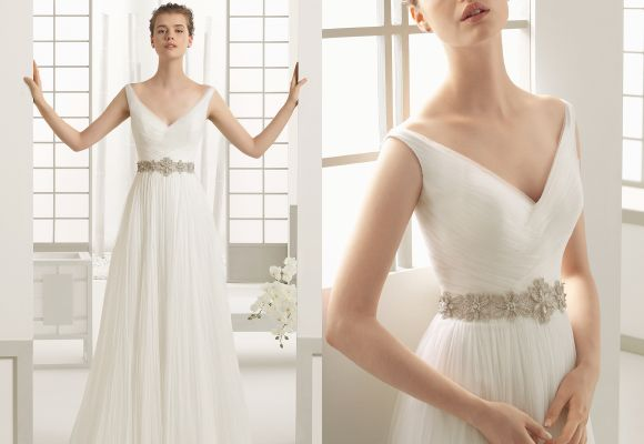 Best 25 broad shoulders ideas on pinterest dresses for for Best wedding dress for wide shoulders