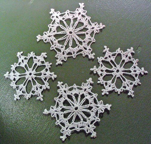 Knitted Snowflake Patterns : YARNGEAR: A Knitting & Crochet Blog: Snowflakes in March * Snowflake - ...
