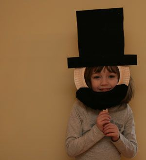 Abraham Lincoln Mask Craft - Perfect while reading Heroes of America!