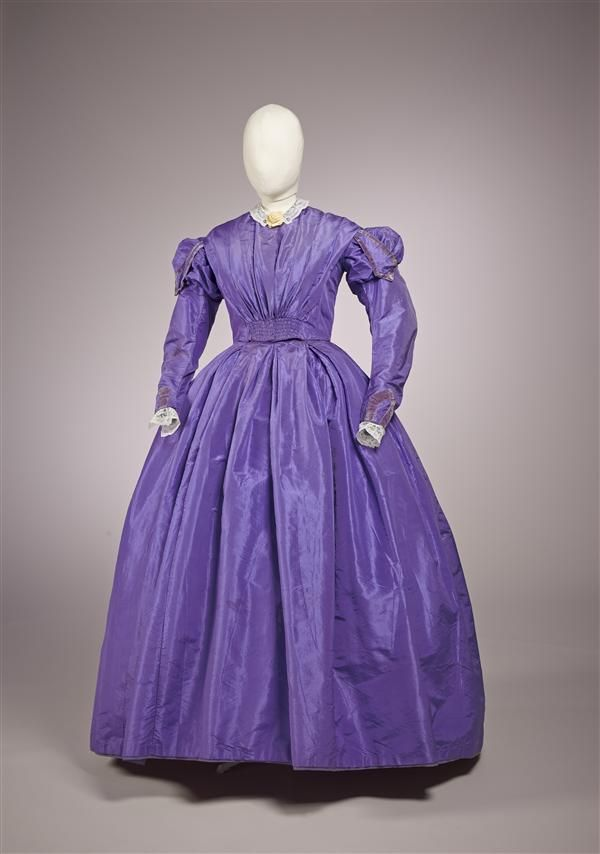 fripperiesandfobs:Day dress, 1855-60 (probably remade in the 1860's)From the Gemeentemuseum Den Haag via Europeana Fashion