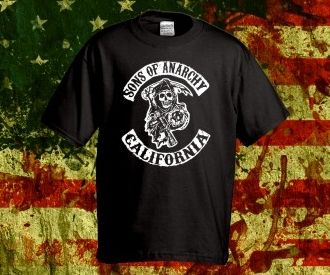 """""""Sons of Anarchy"""" póló rendelhető a Pólóműhelytől: http://polomuhely.hu/termekek/ferfi-polok/sons-of-anarchy-polo-rendeles"""