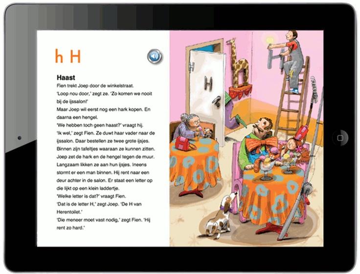 De app  De app bestaat uit 26 voorleesverhalen over letters met daarnaast 26 zoekplaten waarin aanklikbare letters verstopt zitten.    Boven de verhalen staan de letters die bij het verhaal horen. Daarbij zie je dan steeds de kleine letter en de hoofdletter.  In de verhalen komen de letters van het verhaal nadrukkelijk naar voren. Zo lees je in Haast dat Joep een hark en een hengel wil kopen.